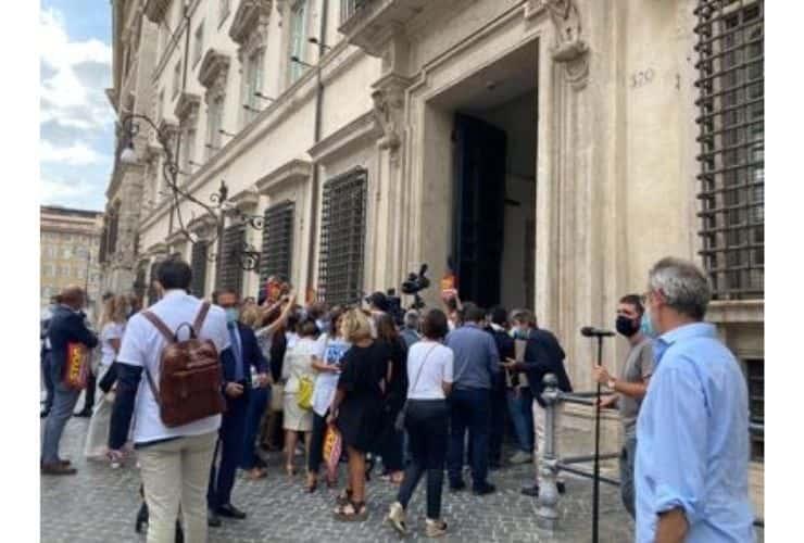 protesta lega palazzo chigi migranti