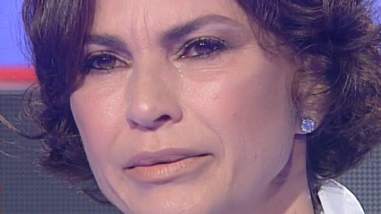 Ramona Badescu in lacrime a Storie italiane per il figlio Ignazio