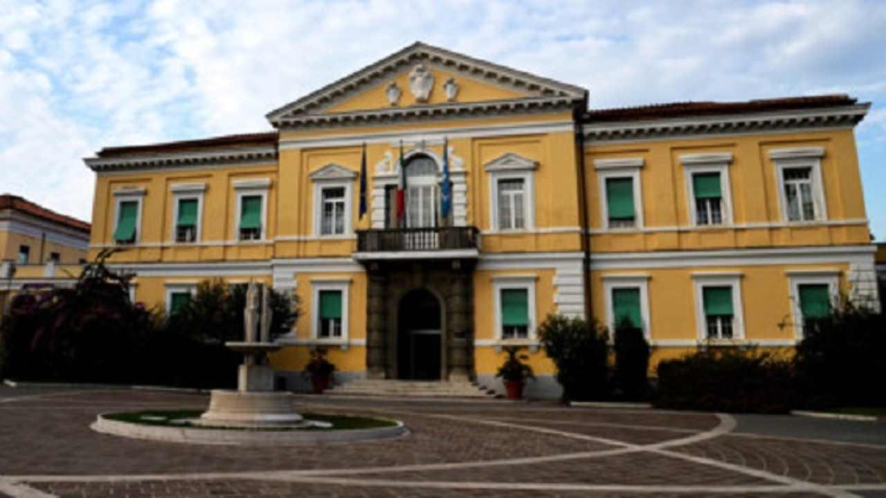 Coronavirus, caos a Roma: terapie intensive col triplo dei pazienti