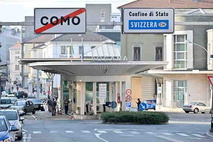Referendum svizzera fuori gli italiani