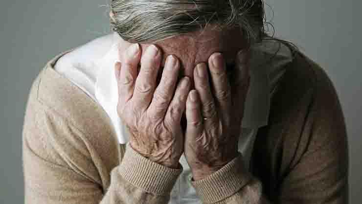 anziana malata di alzheimer violentata in Provenza