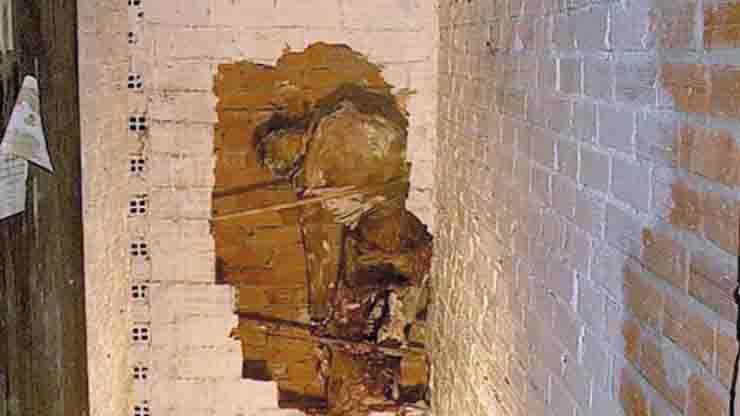 Astrit Lamag Salvatore Tambè cadavere murato