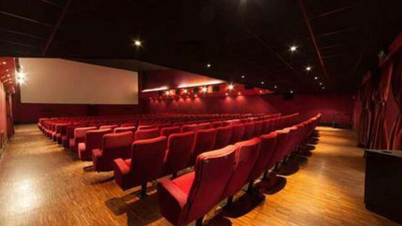 Cinema multisala non intende rispettare dpcm |  restiamo aperti |  sale sicure
