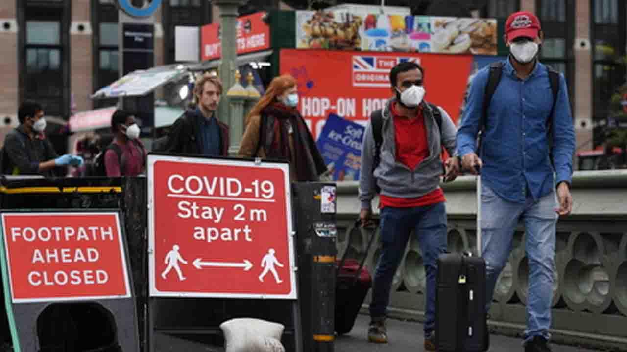 Coronavirus, da sabato nuova stretta anche a Londra