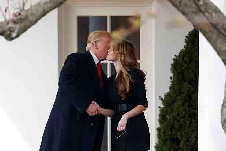 Donald Trump sapeva della posivitià di Hope Hicks