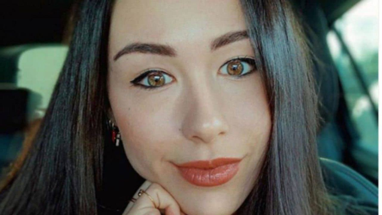 """Aurora Ramazzotti rivela il suo dramma: """"Non posso godermi i miei anni migliori"""""""