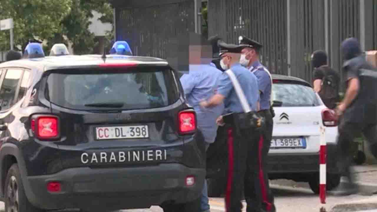 Carabinieri Lecce 23 arresti
