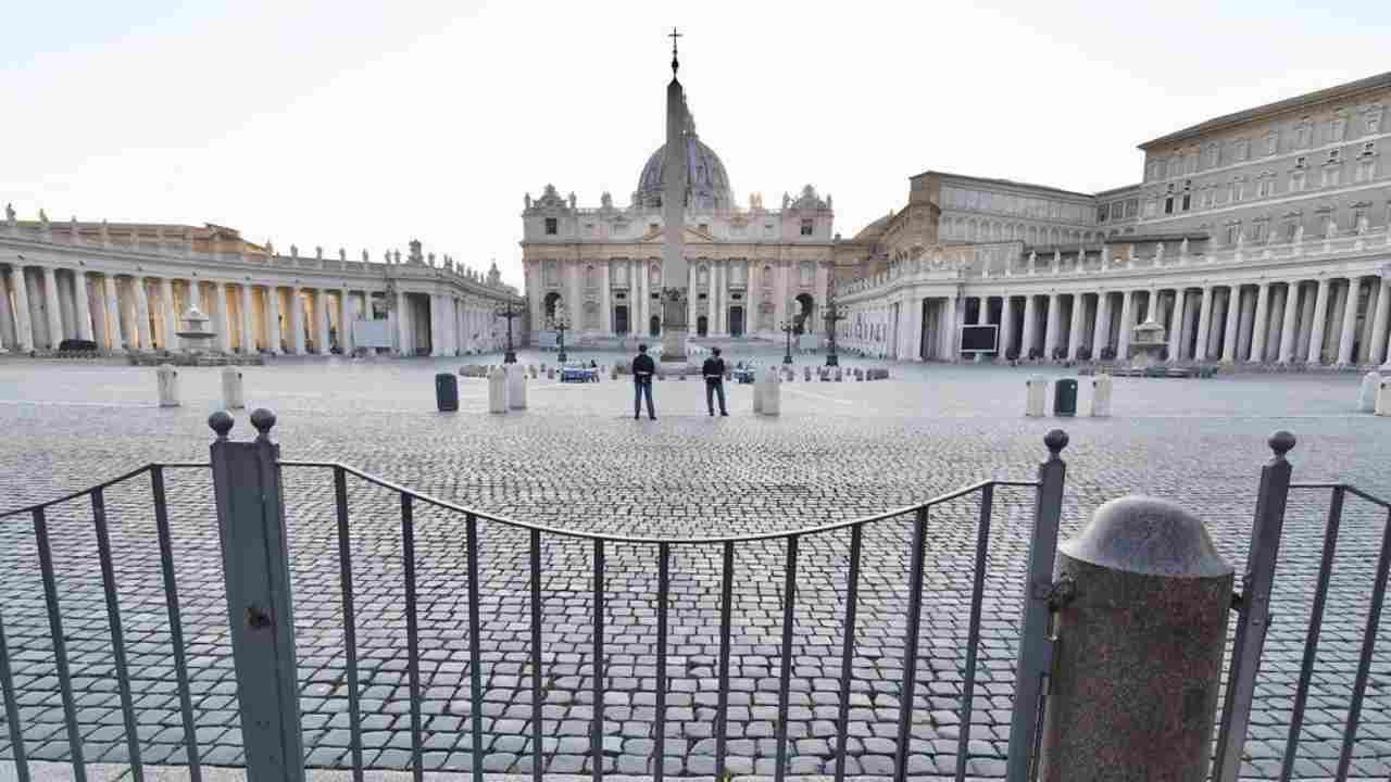Coronavirus, in Vaticano positive quattro guardie svizzere di Papa Francesco