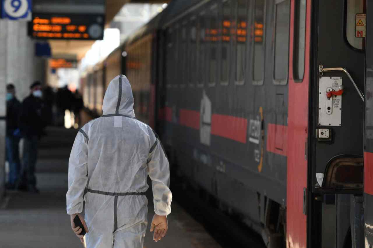 Trenitalia blocca le prenotazioni dal 13 dicembre, possibile lockdown?