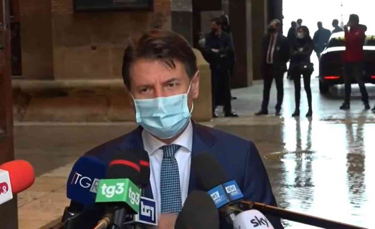 Coronavirus, la paura di un nuovo lockdown preoccupa la politica