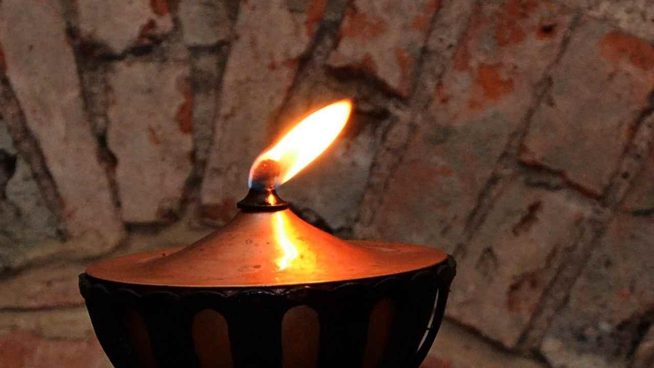 lampada stare alla presenza di Dio