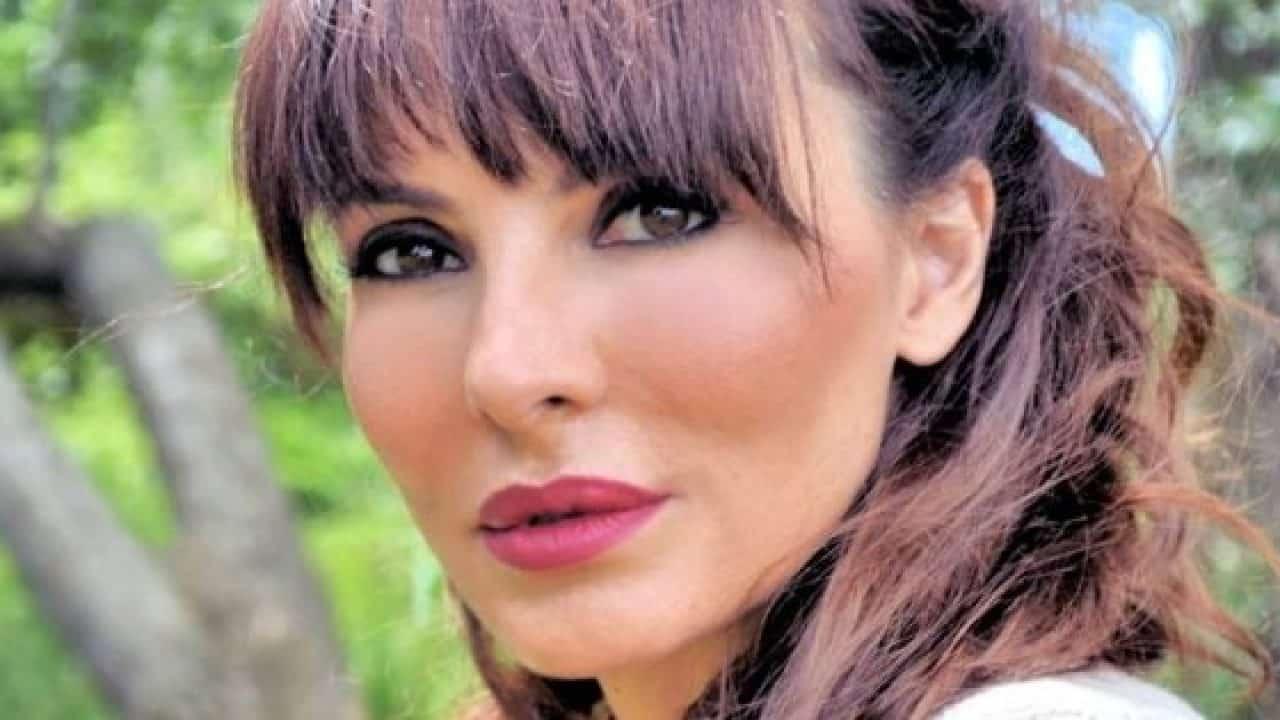 """Miriana Trevisan grave lutto per la showgirl: """"Buon viaggio, ti amo tanto"""""""