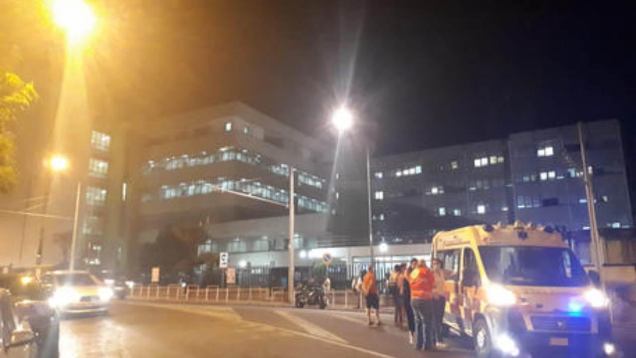 Omicidio Napoli: il corpo del 28enne senza vita lasciato davanti al Cardarelli