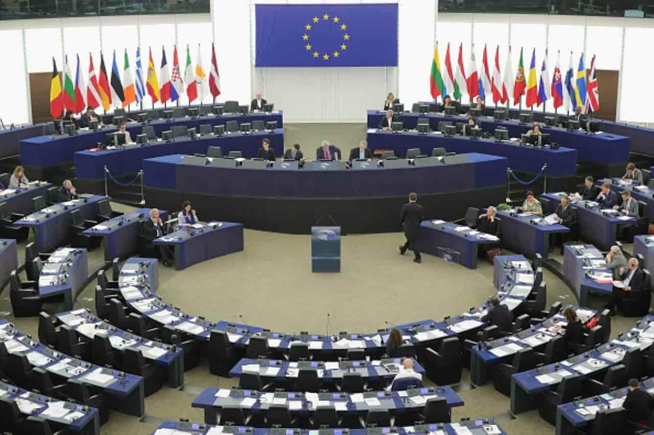 L'Italia studia il piano per il Recovery Fund, ma l'Europa è a un punto morto