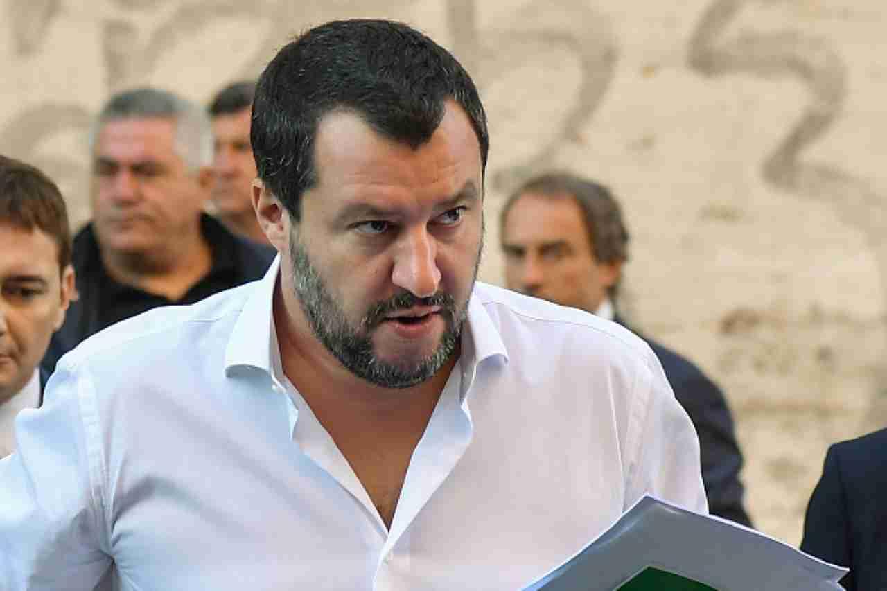 """Dpcm, salvi cinema e teatri. Salvini ribatte: """"Milioni di italiani dimenticati"""""""