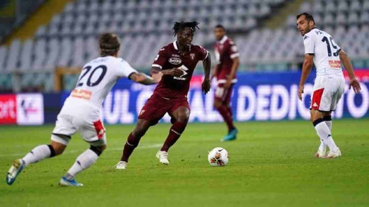 Serie A, giocatori positivi: Genoa Torino rinviata