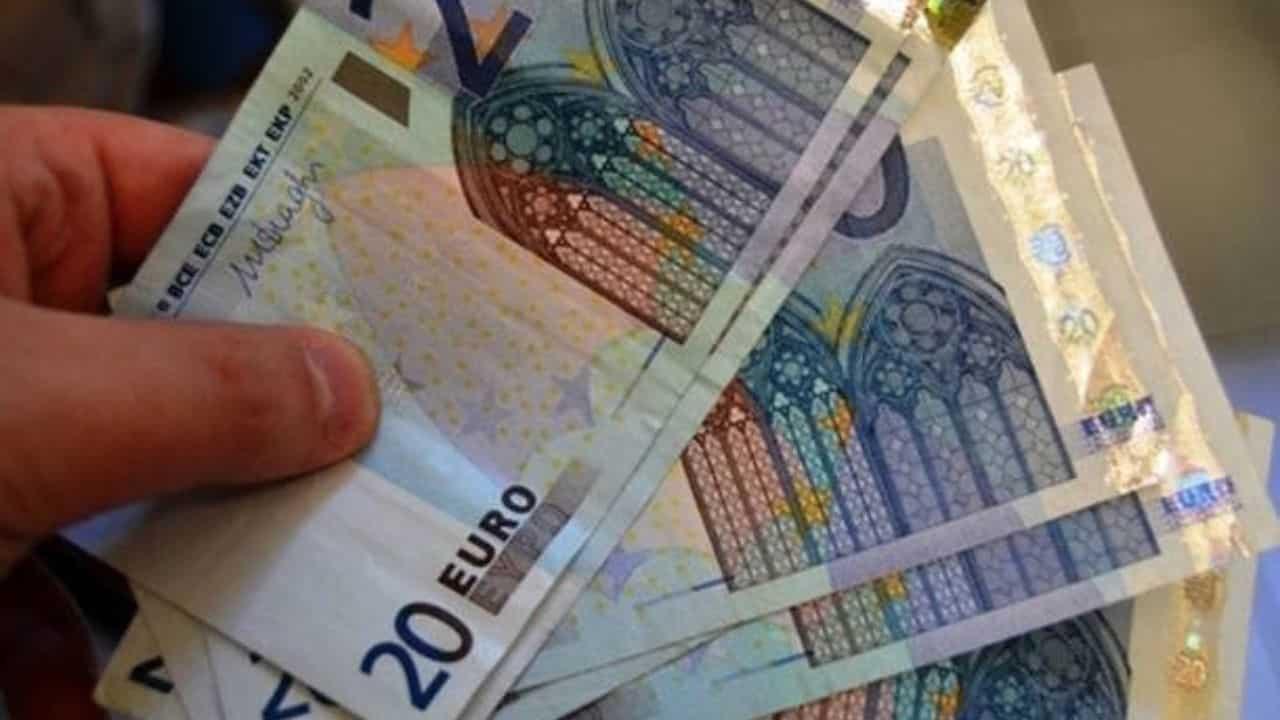 siracusa stampano banconote false