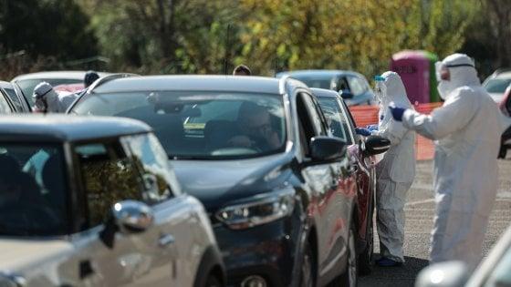 Covid Italia, il virus galoppa: raggiunta quota 10.925 nuovi casi. 47 i decessi