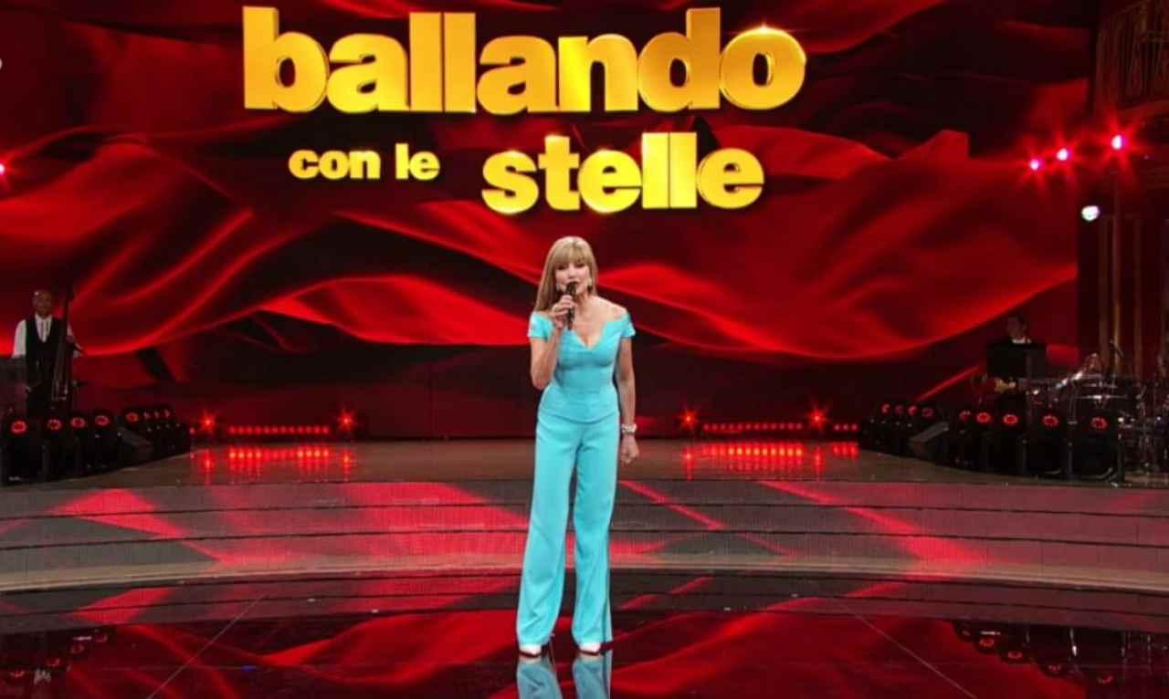 Ballando con le Stelle: ripescati Isoardi-Todaro, chi sono i finalisti