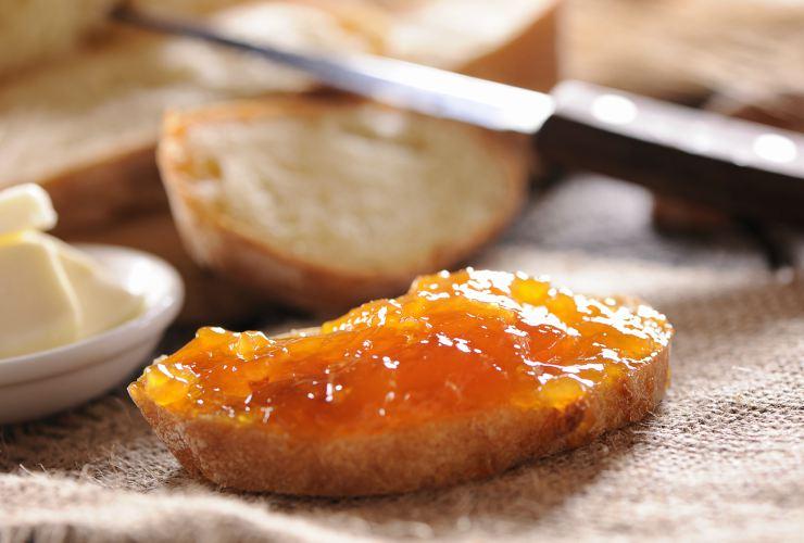 Colazione: toast imburrato-Meteoweek.com