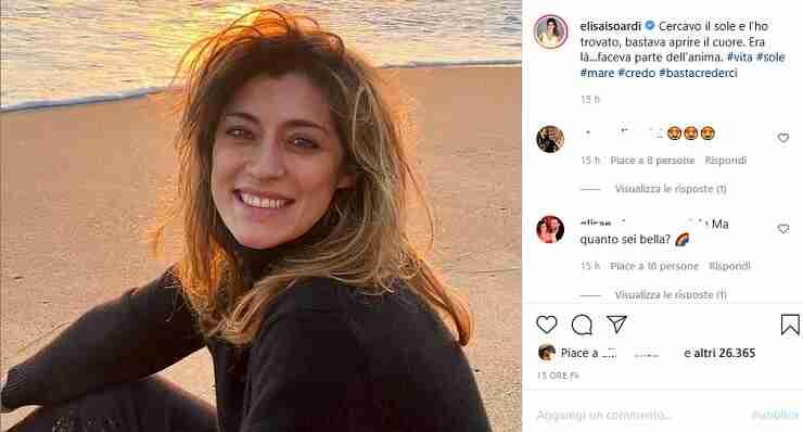 Elisa Isoardi al mare