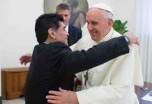 Papa Francesco Maradona
