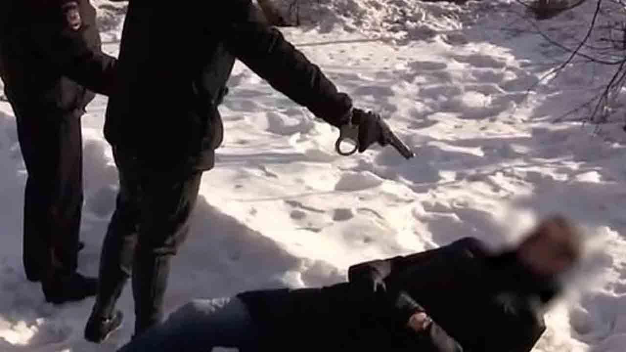 19enne uccide detective, scioccante la causa: come in un videogioco