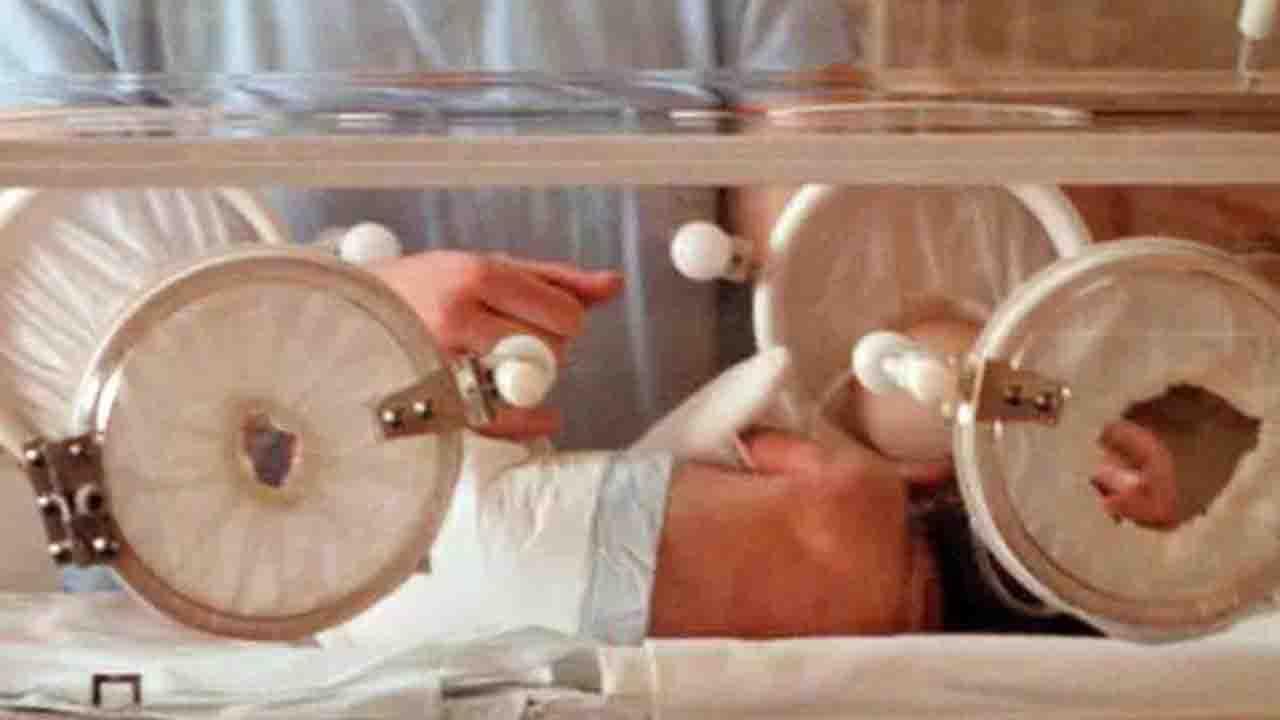 Covid, bimbo di 2 mesi con sintomi ricoverato