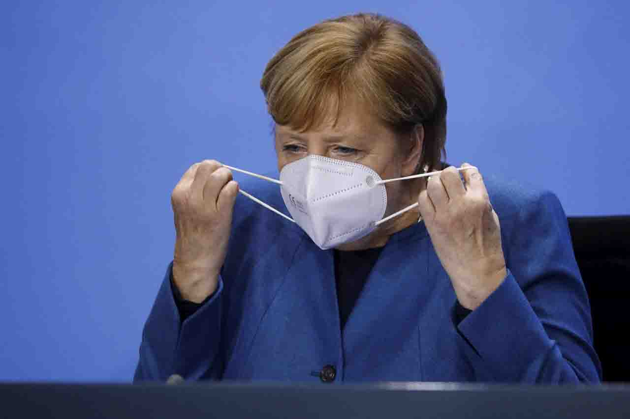 angela Merkel i numeri covid in germania