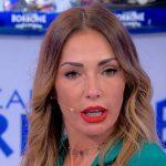 """Ida Platano commenta la frequentazione di Roberta e Riccardo: """"Vadano a fanc**o"""""""