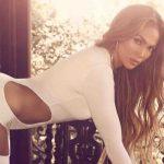 Jennifer Lopez, il segreto del lato B perfetto a 50 anni