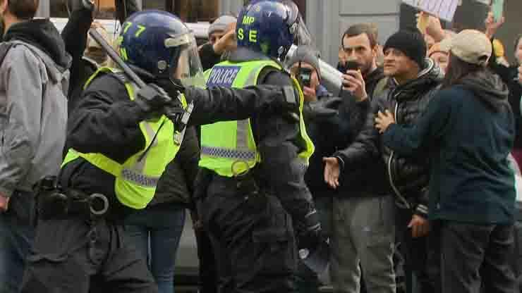 protesta anti lockdown a Londra