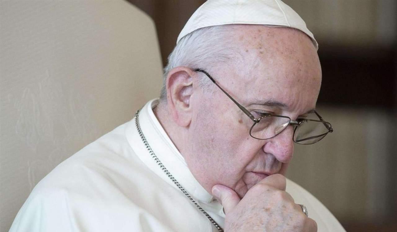 Vittime di prete pedofilo citano in giudizio anche il papa