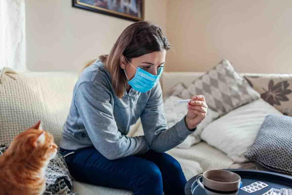 Covid, i pazienti monitorati da casa con il bracciale elettronico