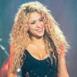 Shakira, avete mai visto la sosia? Due gocce d'acqua, incredibile somiglianza