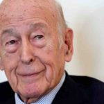 Giscard d'Estaing è morto di covid, addio all'ex presidente francese