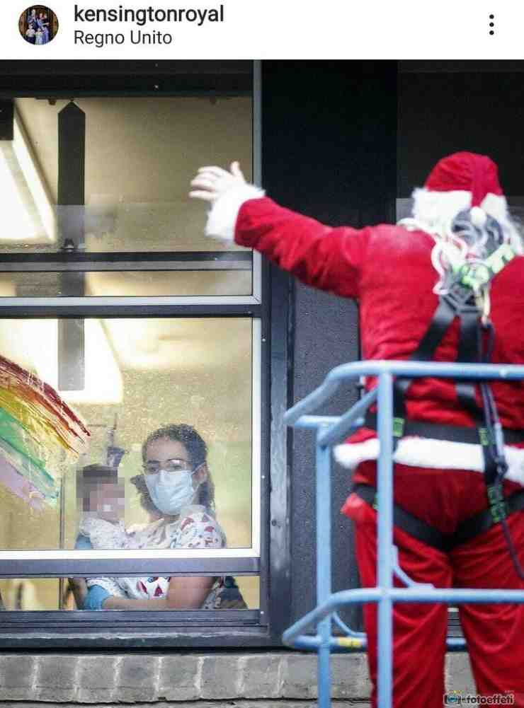 La bimba in ospedale riceve la sorpresa da Babbo Natale - Fonte Instagram