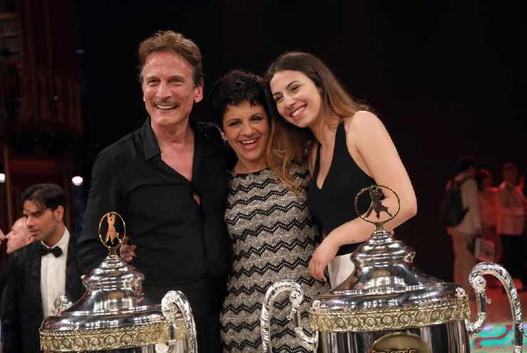 Mia Bocci insieme al papà Cesare e a mamma Daniela nel 2018 a Ballando con le Stelle - meteoweek