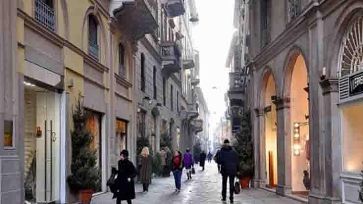 Milano orario negozi