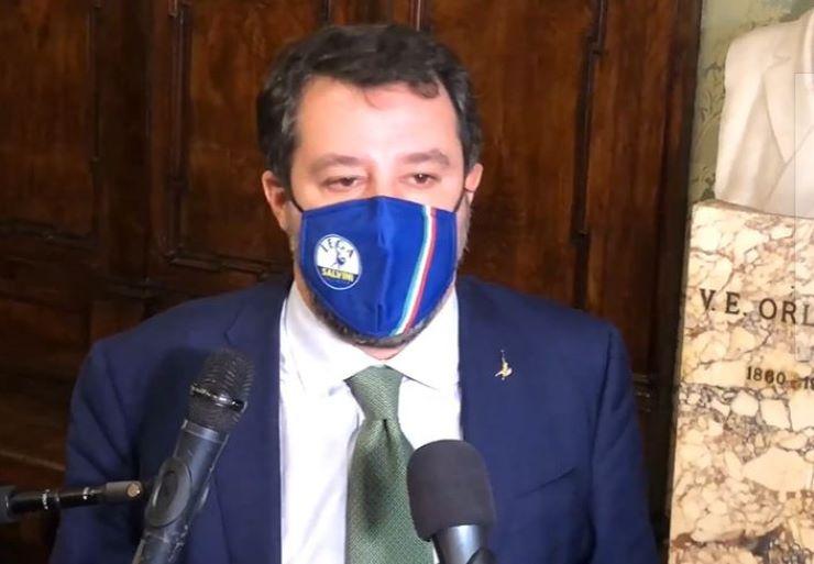 Zona rossa a Natale, Salvini: