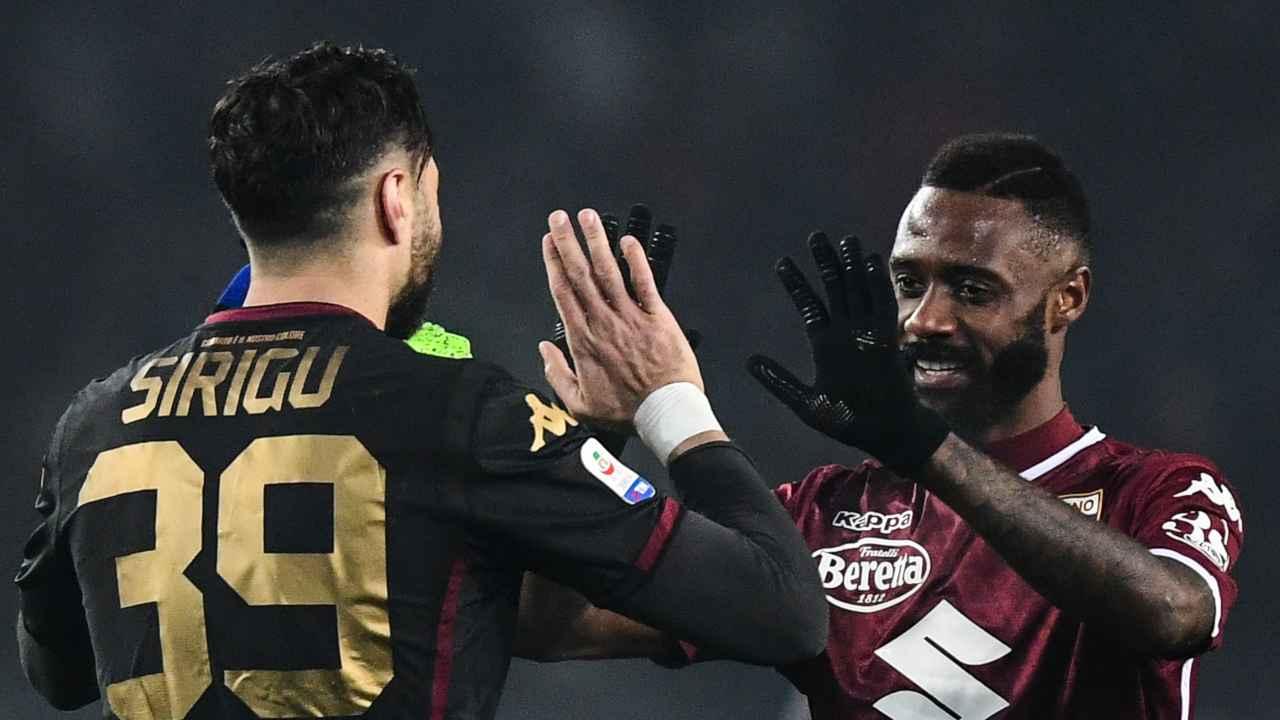 Torino, da sinistra: il portiere Salvatore Sirigu ed il difensore Nicolas Nkoulou, 27 gennaio 2019 (foto di Miguel Medina / AFP via Getty Images)