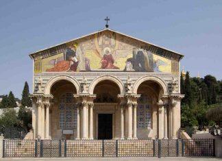 Gerusalemme: appiccato fuoco alle panche nella chiesa Getsemani