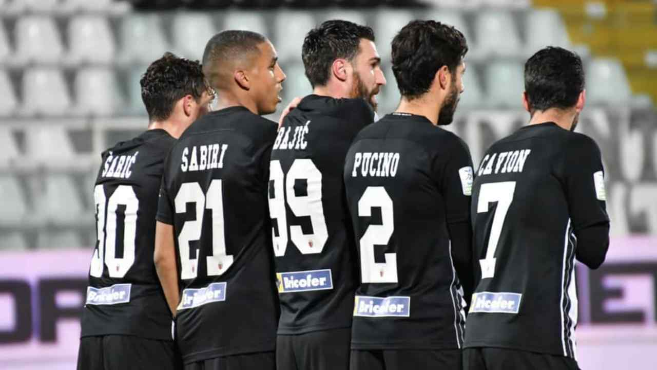 Ascoli, da sinistra: Dario Saric, Abdelhamid Sabiri, Riad Bajic, Raffaele Pucino, Michele Cavion (foto © Ascoli Calcio 1898)