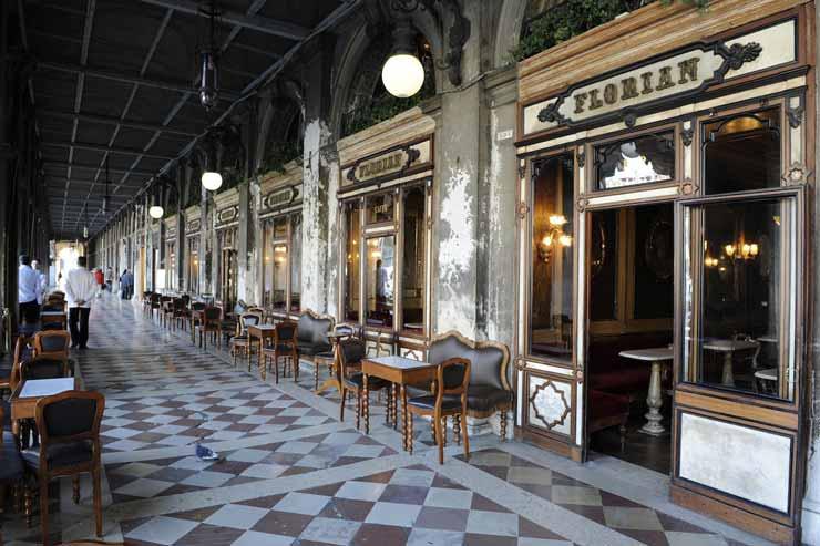 caffe florian venezia 300 anni chiuso crisi