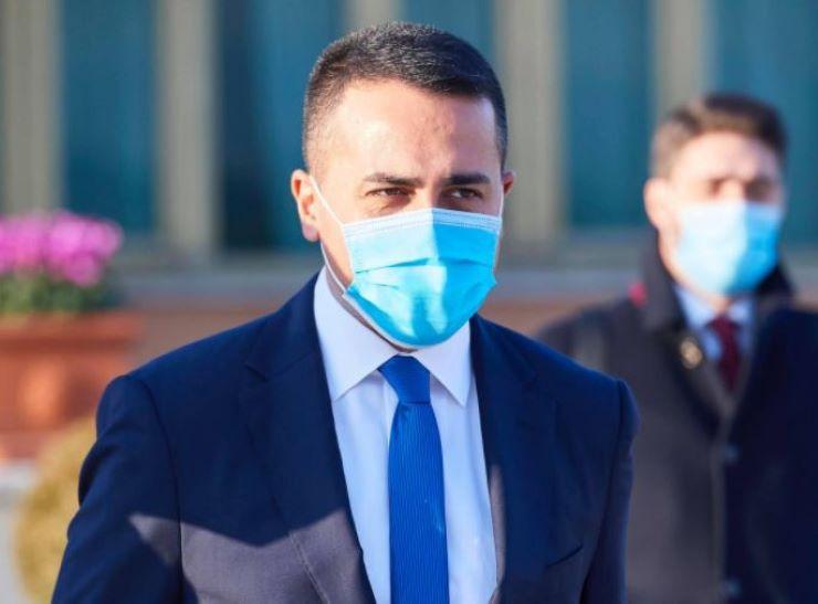 """Italiani bloccati in Gb, Meloni attacca: """"Di Maio la smetta con le passerelle"""" - www.meteoweek.com"""