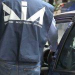 Mafia, confiscati i beni di un costruttore di Palermo: riciclaggio e collusione