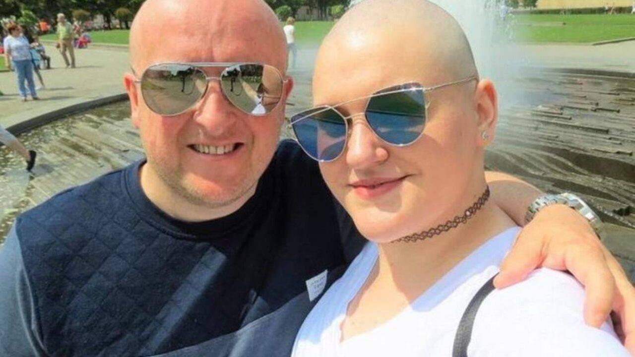finge un tumore: farsa per una truffa