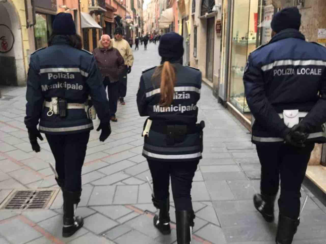 """La rivolta della polizia municipale: """"Non faremo più multe"""""""