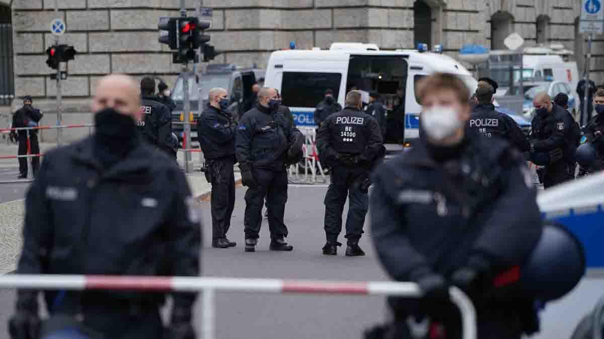 Germania auto su folla morti feriti
