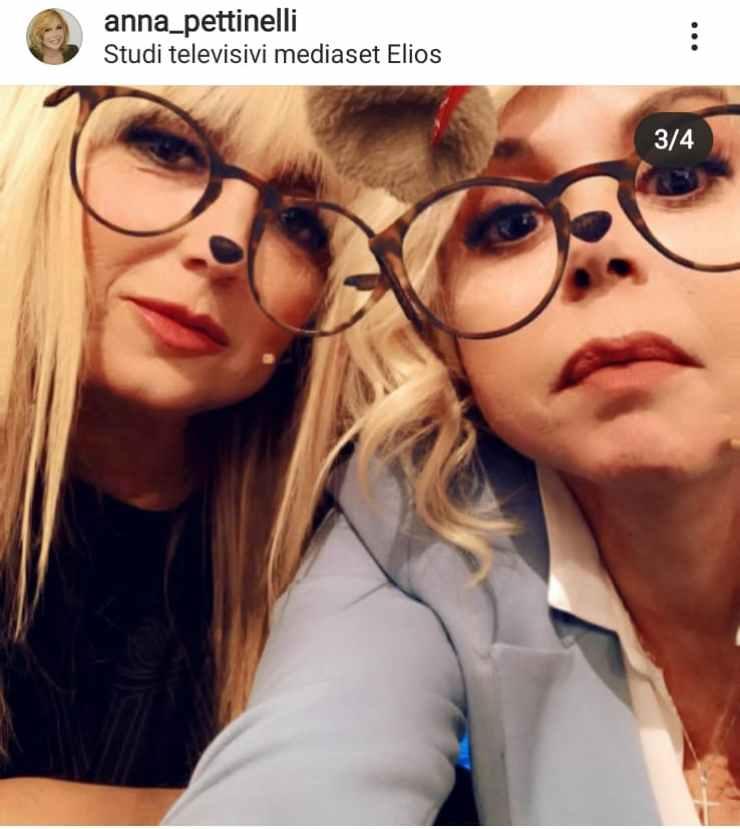 Alessandra ed Anna con il filtro degli occhiali - Fonte Instagram